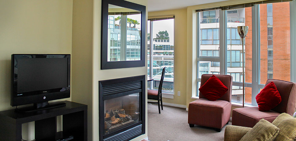 One Bedroom Penthouse Suite At 910 Beach Avenue Apartment Hotel Vancouver, BC
