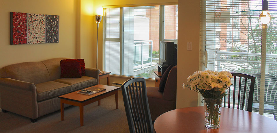 The Meridian at 910 Beach Apartment Hotel Vancouver
